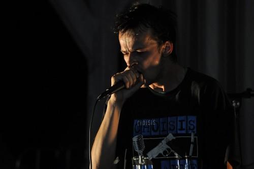 Youenn Roue, chanteur du groupe Rhapsoldya
